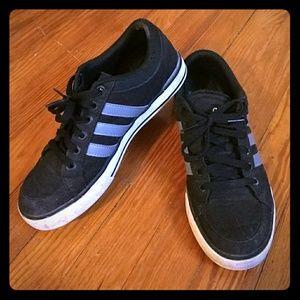 Adidas skater shoe